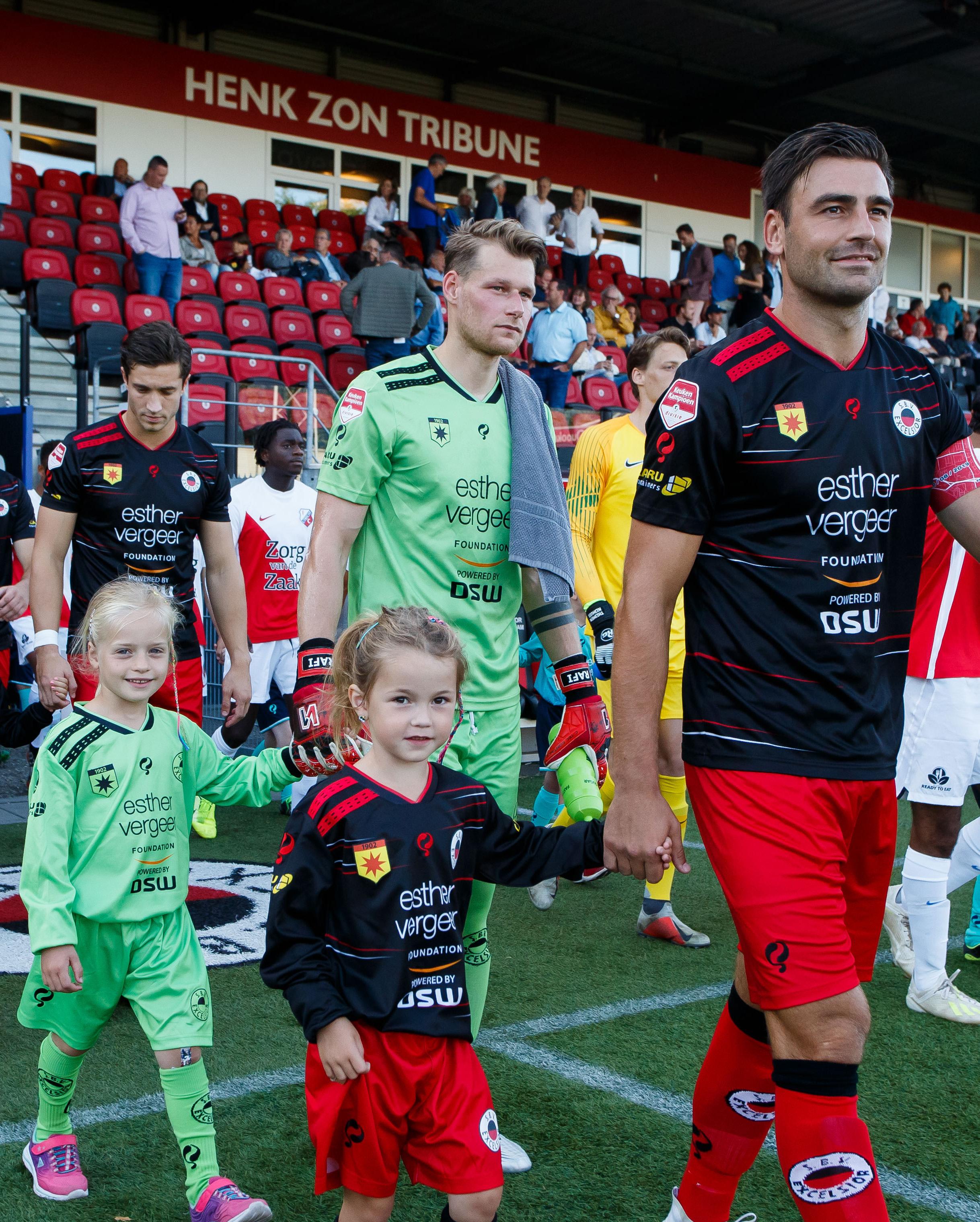 (L-R) sbv Excelsior goalkeeper Alessandro Damen, Sander Fischer of sbv Excelsior